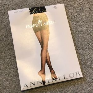 Sheer tights with back seem- sz Small